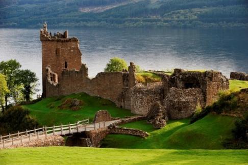 11877 Urquhart Castle