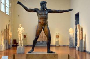 افضل انشطة في متحف الاثار الوطني بأثينا اليونان