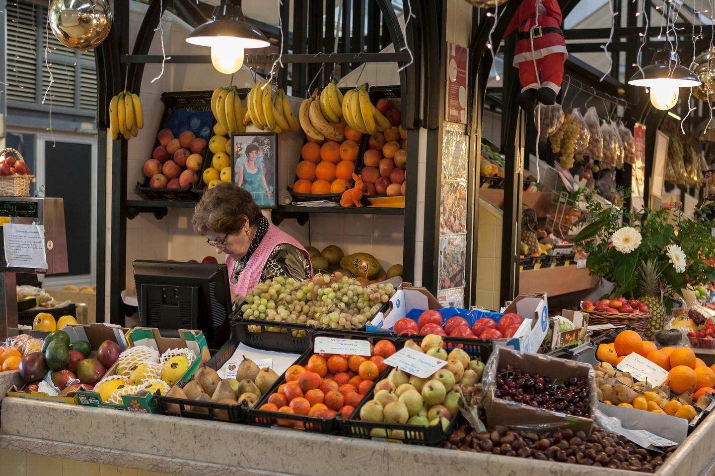 يمكنك تناول الغداء في سوق أوريك فيلد