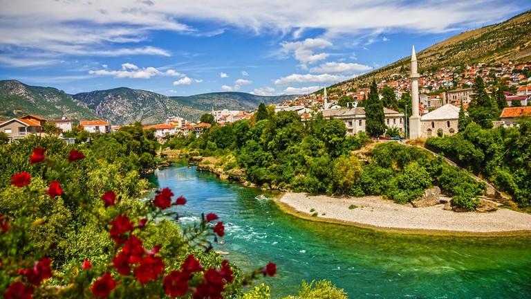 عدد سكان البوسنة و الهرسك