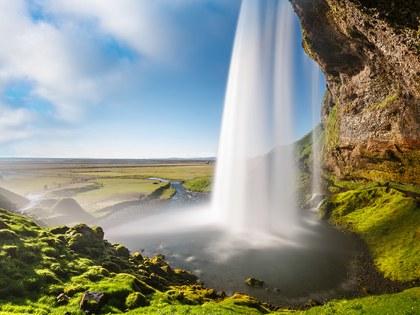 عدد سكان أيسلندا