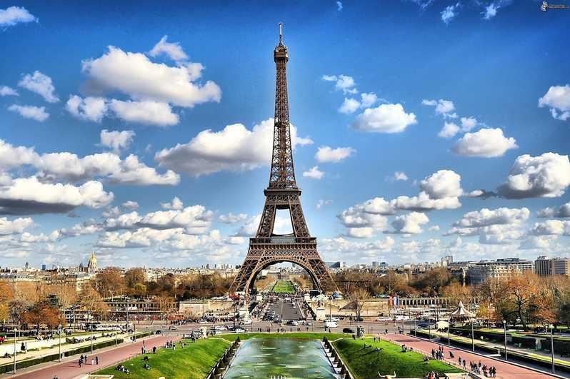 مدينة باريس الفرنسية