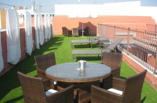 Metropolis apartments in Seville