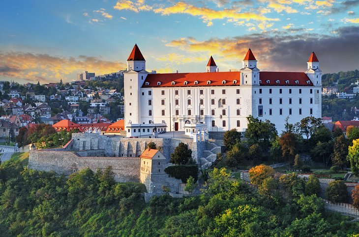 الاماكن السياحية في براتيسلافا 2020