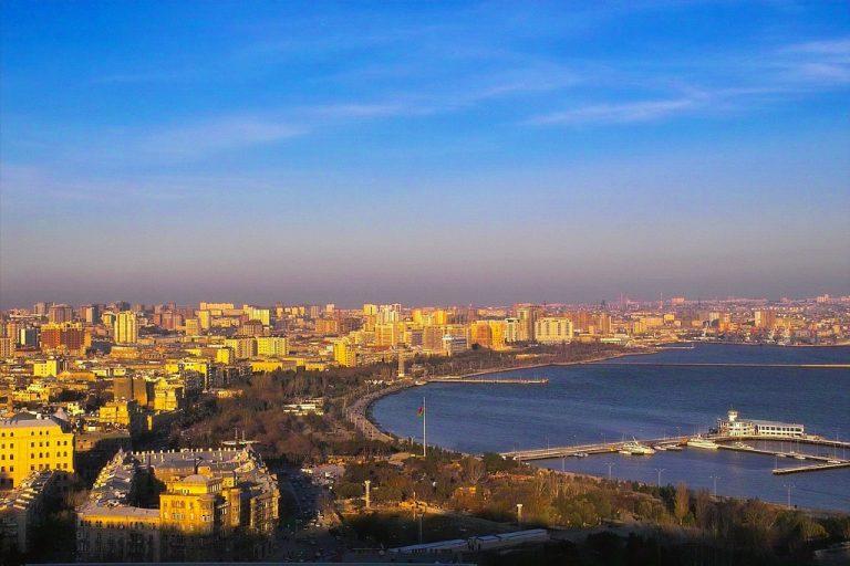 أين تقع اذربيجان