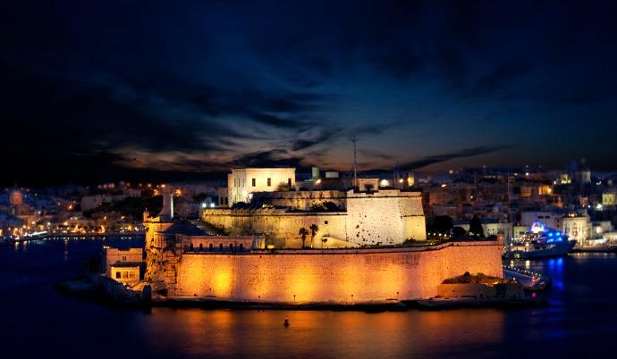 أفضل الأماكن السياحية في بيرجو المسافرون العرب